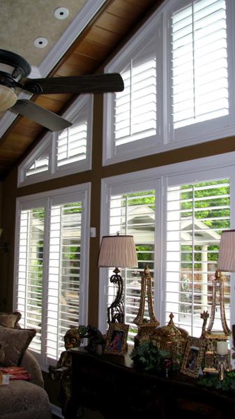 Angled plantation blinds