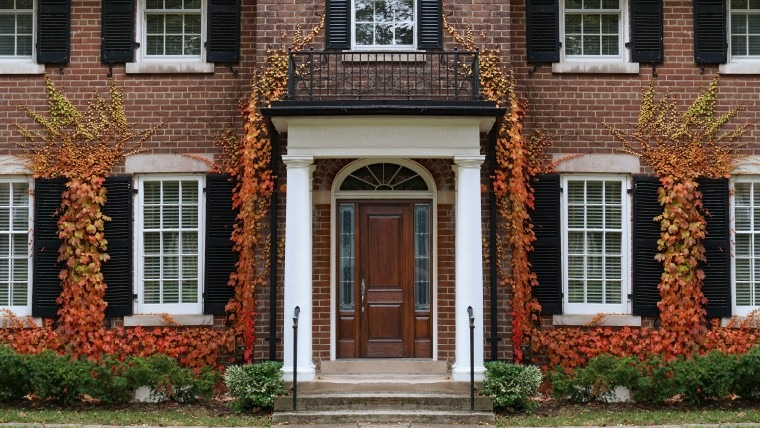 10 Reasons To Fall For Custom Cedar Shutters